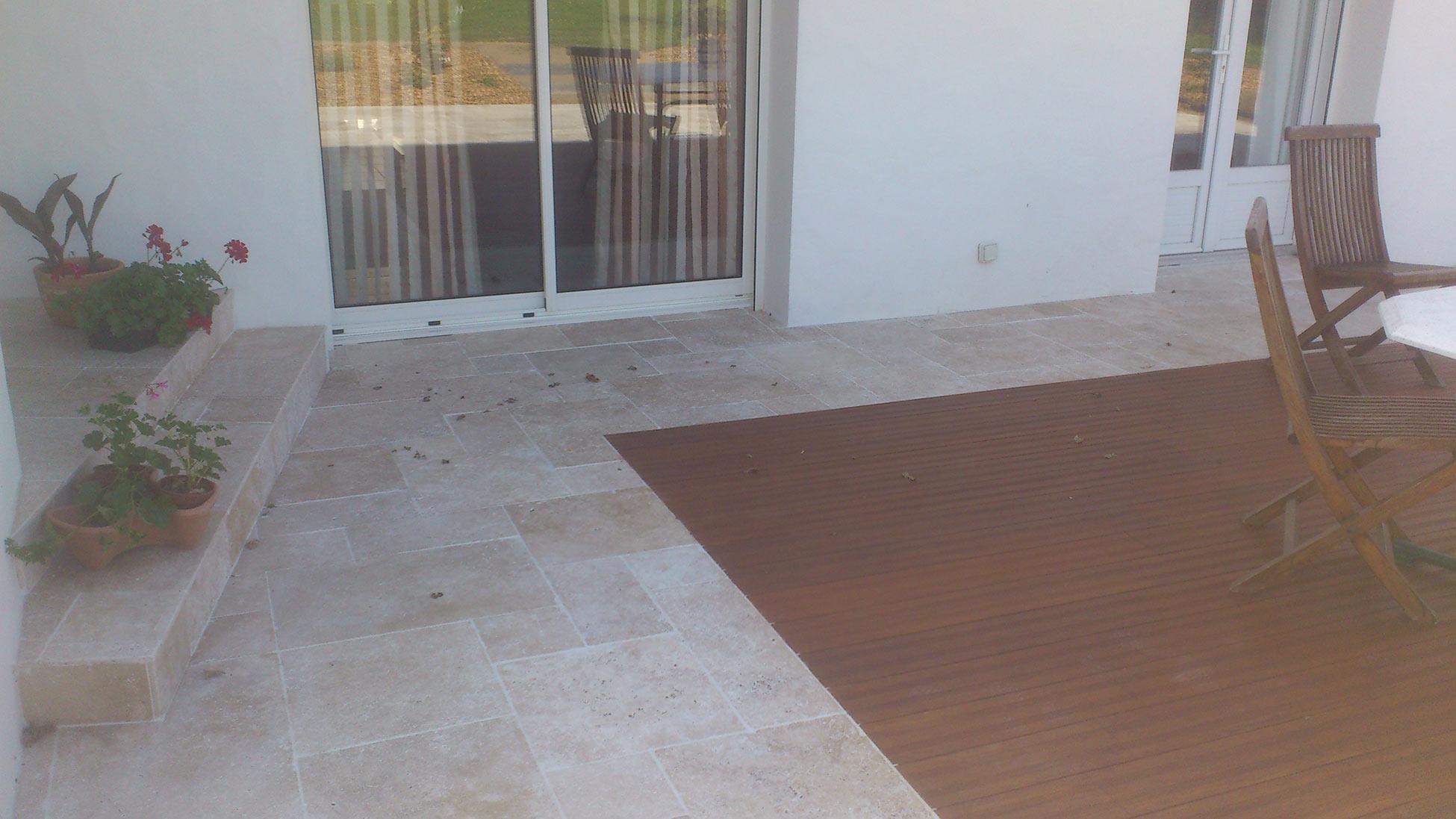Terrasses bois composite Ste Pazanne carrelage terrasses travertin 44